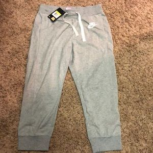 Nike jogger pants size S